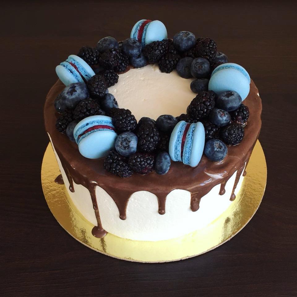 Торт Вкусный подарок
