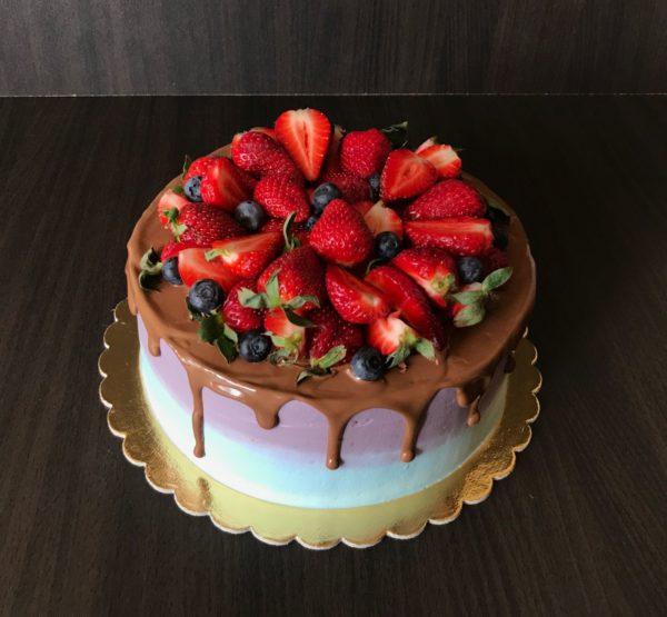 Торт Ягодный сад