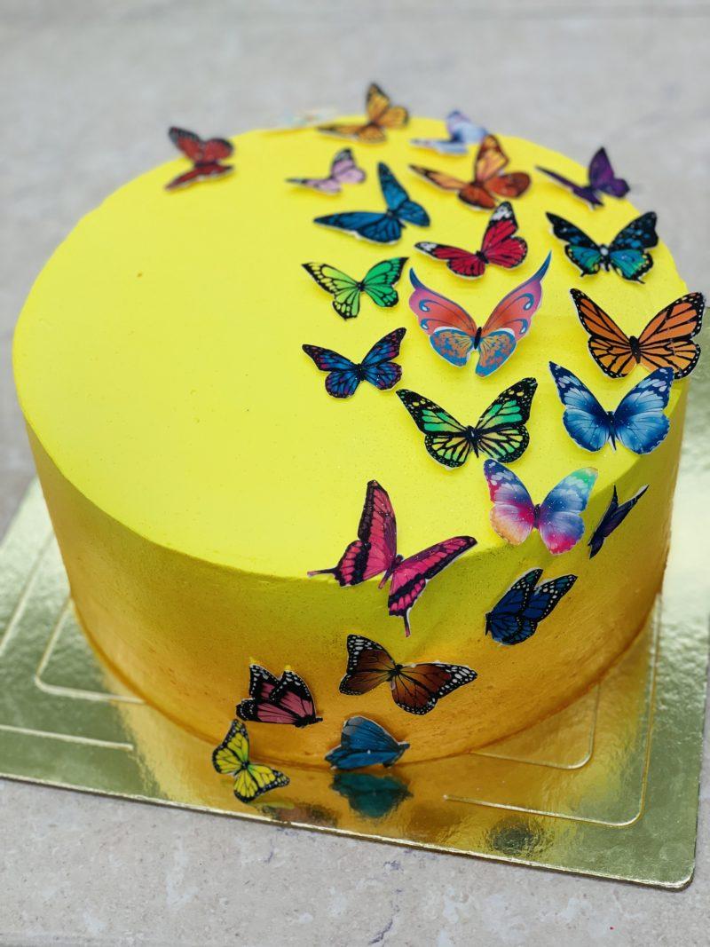 Торт Разноцветные бабочки