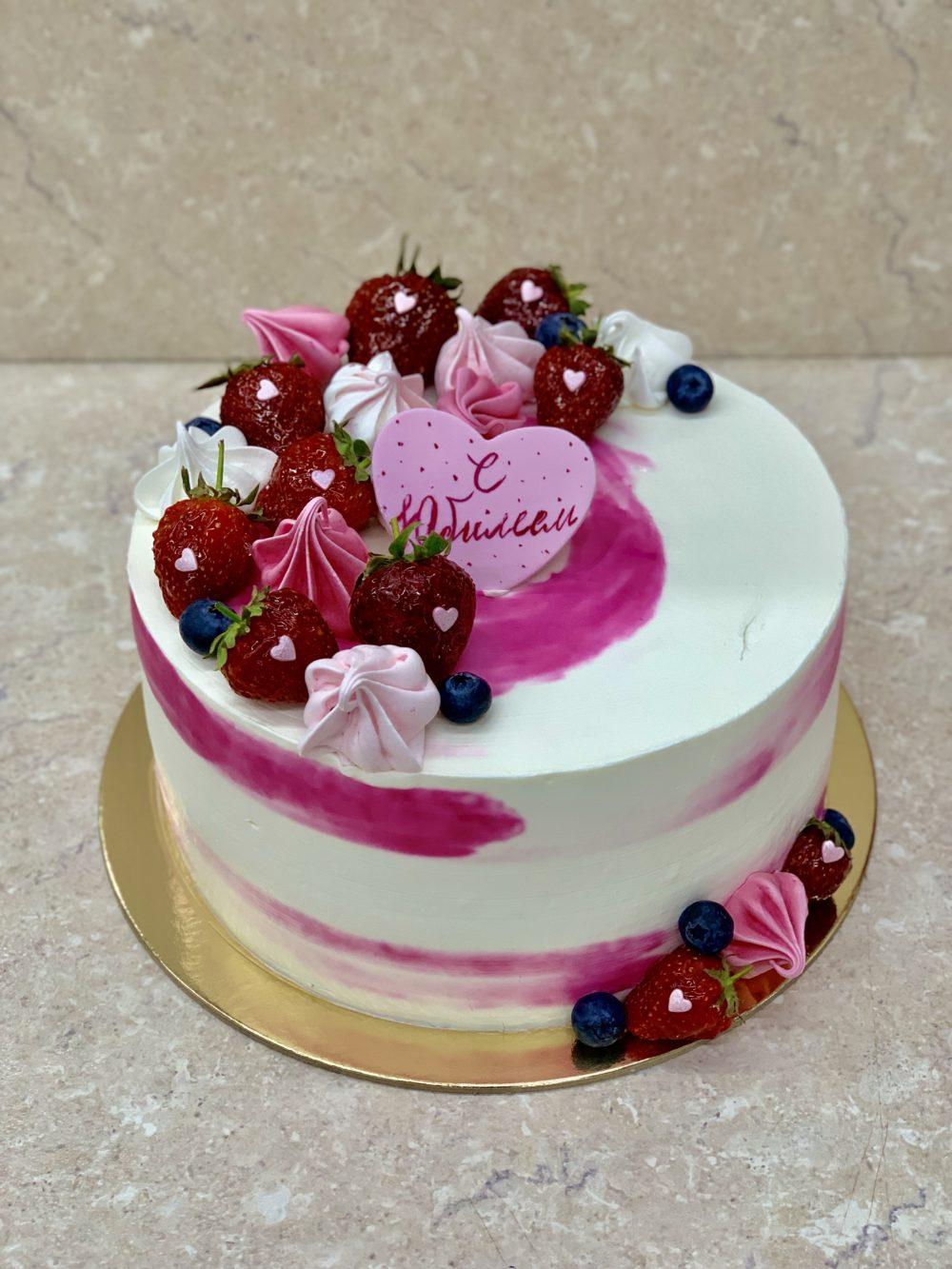 Торт «Клубничный рай»