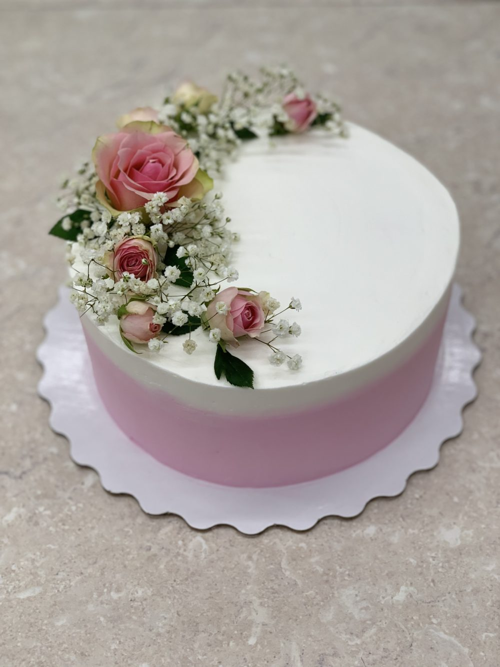 Торт «Нежные цветы»