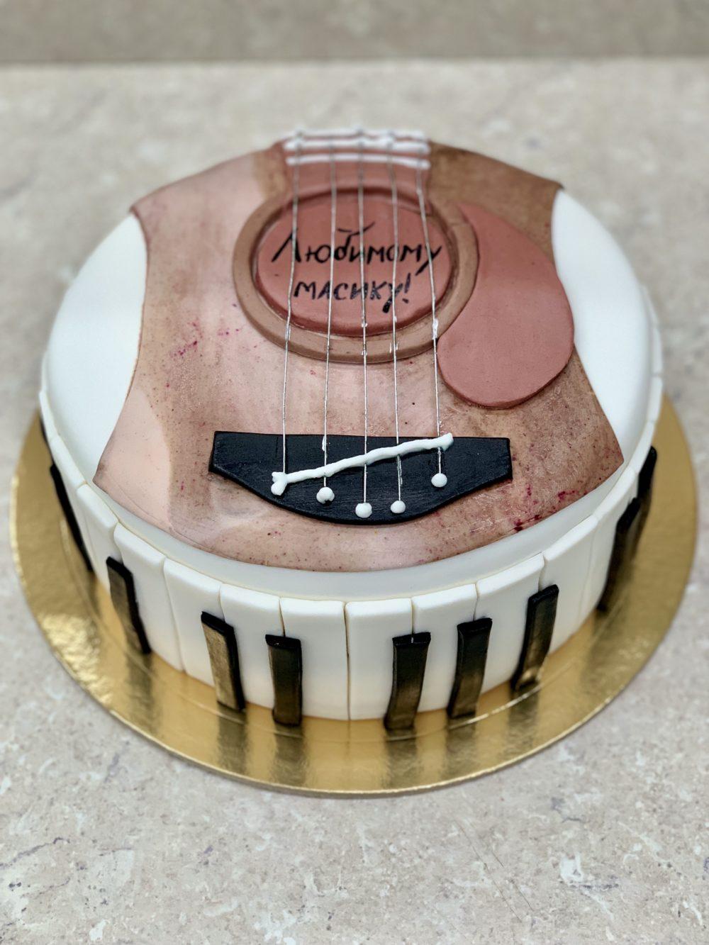 Торт «Торт гитара»